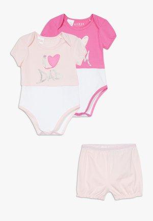 SET  - Body - pink combo