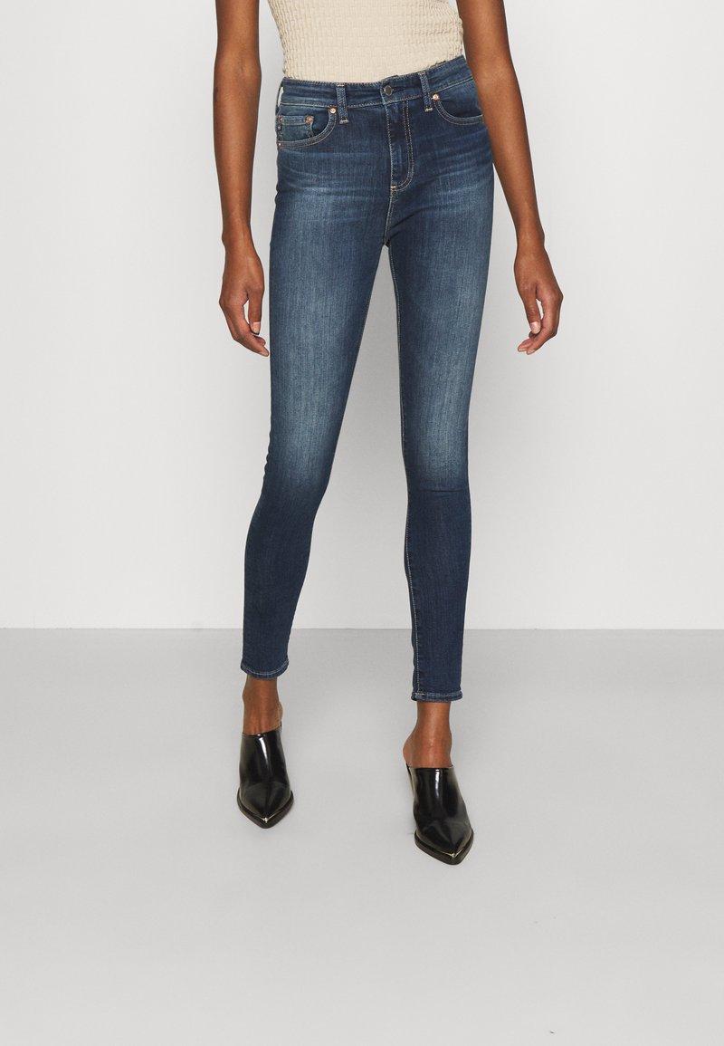 AG Jeans - MILA - Skinny-Farkut - staf