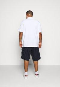 Tommy Hilfiger - JOHN  - Shorts - blue - 2