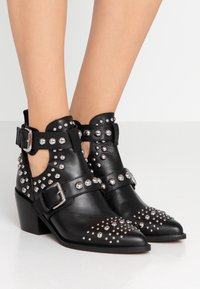 Kurt Geiger London - SYBIL - Ankle boots - black - 0