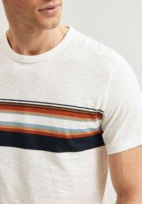 Next - T-shirt med print - white - 3