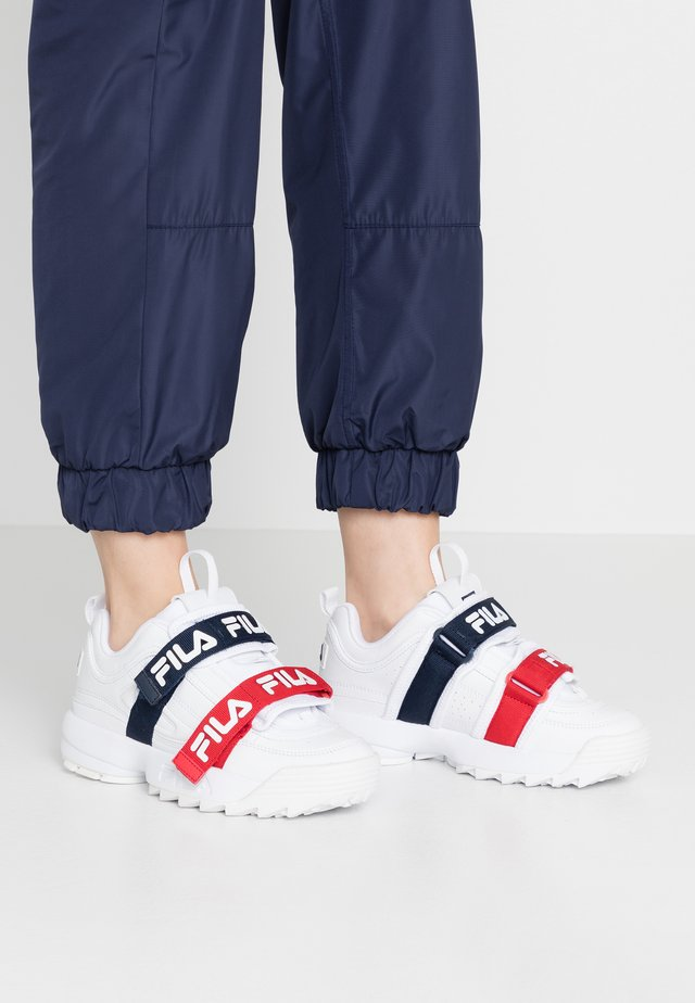 DISRUPTOR STRAPS - Sneakersy niskie - white