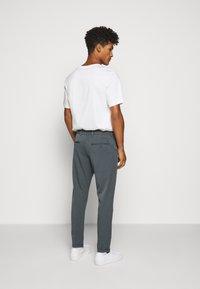 Les Deux - COMO SUIT PANTS SEASONAL - Trousers - blue fog - 2