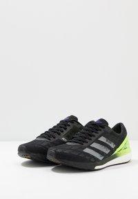 adidas Performance - ADIZERO BOSTON 9 M - Løbesko stabilitet - cblack/cblack/siggnr - 2