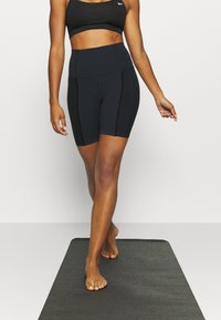 Nike Performance - YOGA SHORT - Tights - black - 0