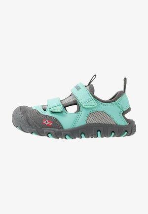 KIDS LILLESAND UNISEX - Chodecké sandály - mint