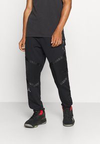 Jordan - ZION WILLIAMSON PANT - Spodnie treningowe - black/white - 0