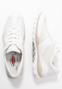 Gabor Comfort - ROLLING SOFT - Sneakersy niskie - weiß - 3