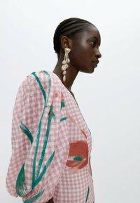 Uterqüe - Robe longue - pink - 4
