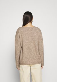 CLOSED - WOMEN´S - Jumper - clay