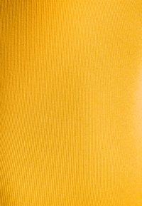 GAP - TANK - Top - golden glow - 2