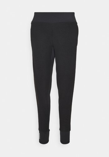 STUDIO FITTED PANT