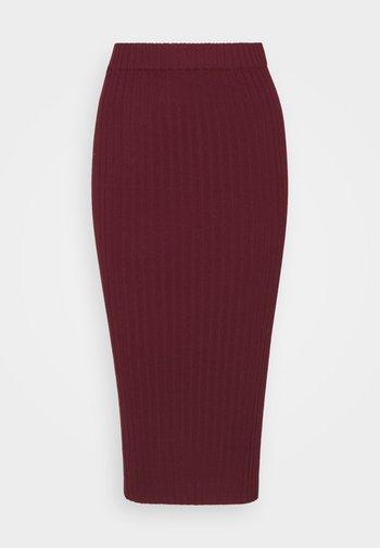 RIBBED MIDI SKIRT - Pencil skirt - wine