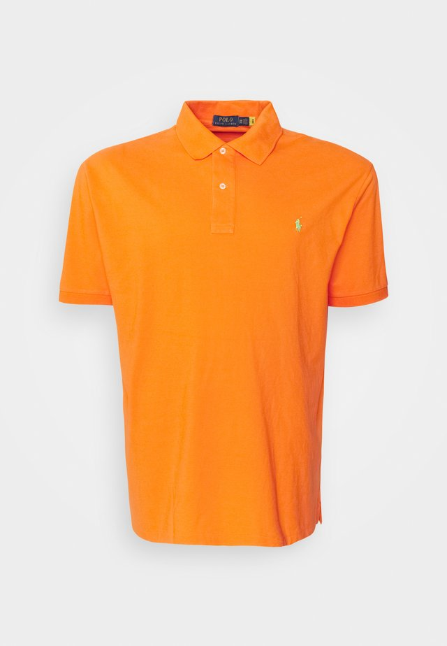 CLASSIC FIT - Polotričko - resort orange