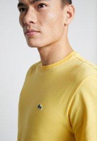 Lacoste - Basic T-shirt - daba - 4