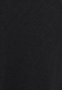 Marc O'Polo DENIM - LONGSLEEVE V-NECK - Long sleeved top - black - 2