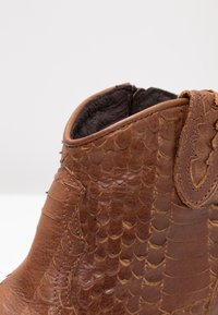 Felmini - TEXANA - Ankle boots - naja santiago - 2