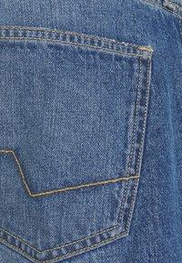 Esprit - Slim fit jeans - blue medium wash - 5