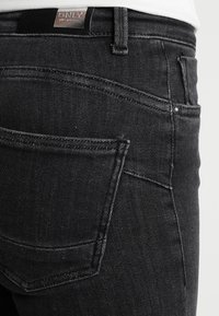 ONLY - ONLPOWER MID PUSH UP - Jeans Skinny Fit - grey denim - 5