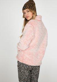Protest - CAMILLE - Fleece jumper - think pink - 4