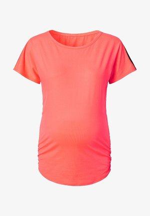 Basic T-shirt - coral