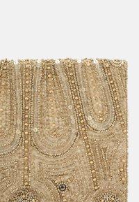 Glamorous - Clutch - gold - 3