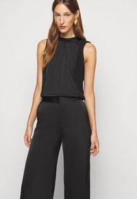 Victoria Victoria Beckham - ROUSER - Kalhoty - black - 3