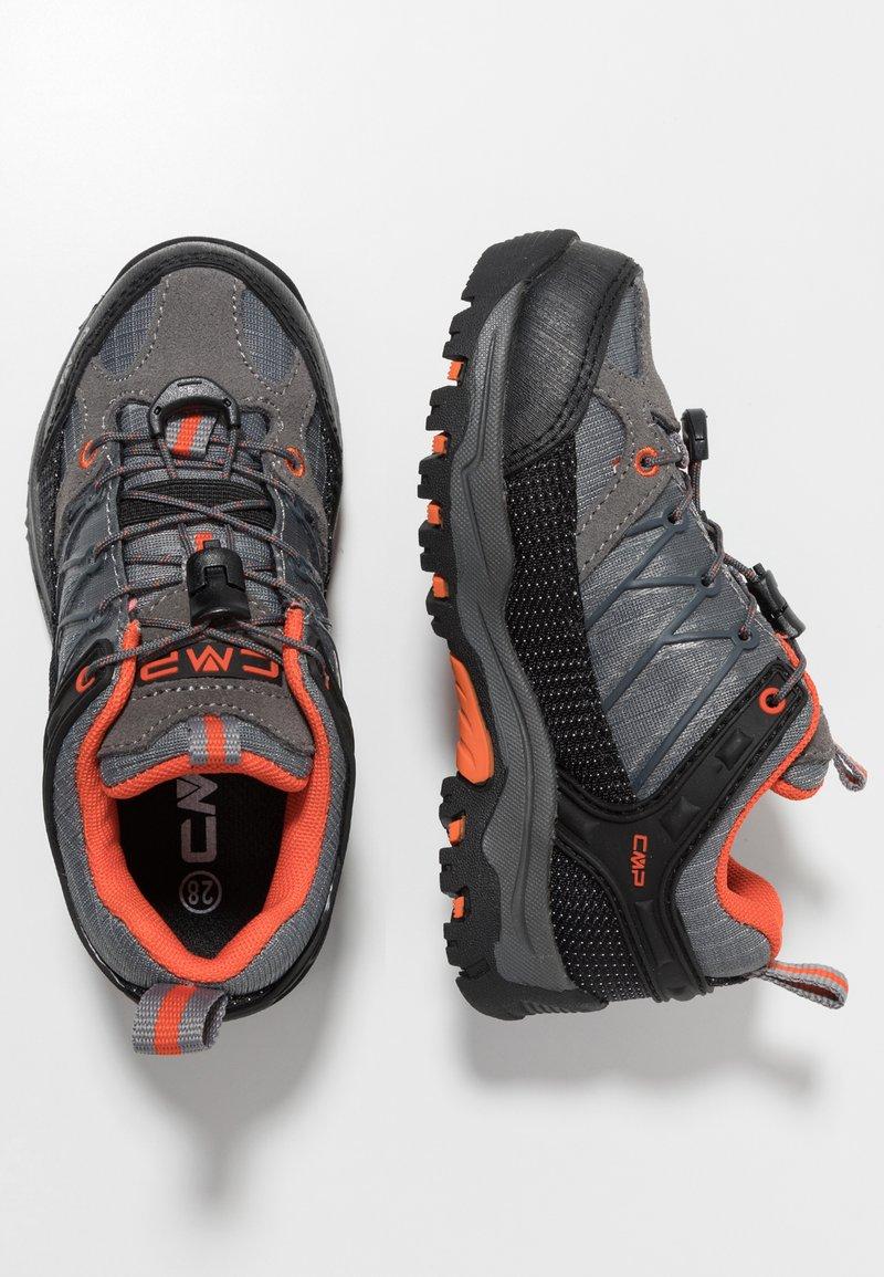 CMP - KIDS RIGEL LOW SHOE WP - Hiking shoes - stone/orange
