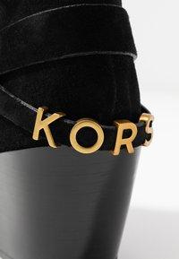 MICHAEL Michael Kors - GOLDIE BOOTIE - Cowboy/biker ankle boot - black - 2