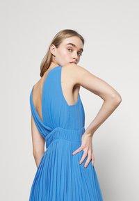 Pepe Jeans - NORMA - Vestido de cóctel - bright blue - 3