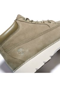 Timberland - KEELEY FIELD NELLIE - High-top trainers - olive nubuck - 4