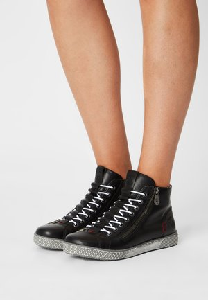 Höga sneakers - schwarz