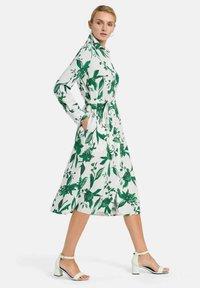 PETER HAHN - Shirt dress - weiß/grün/multicolor - 4