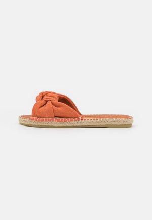 PLAYA - Sandaler - viejo naranja