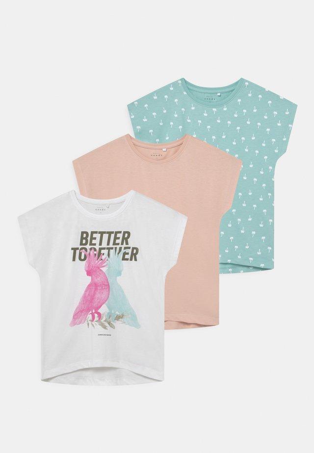 NKFVITEA 3 PACK - T-shirt con stampa - bright white
