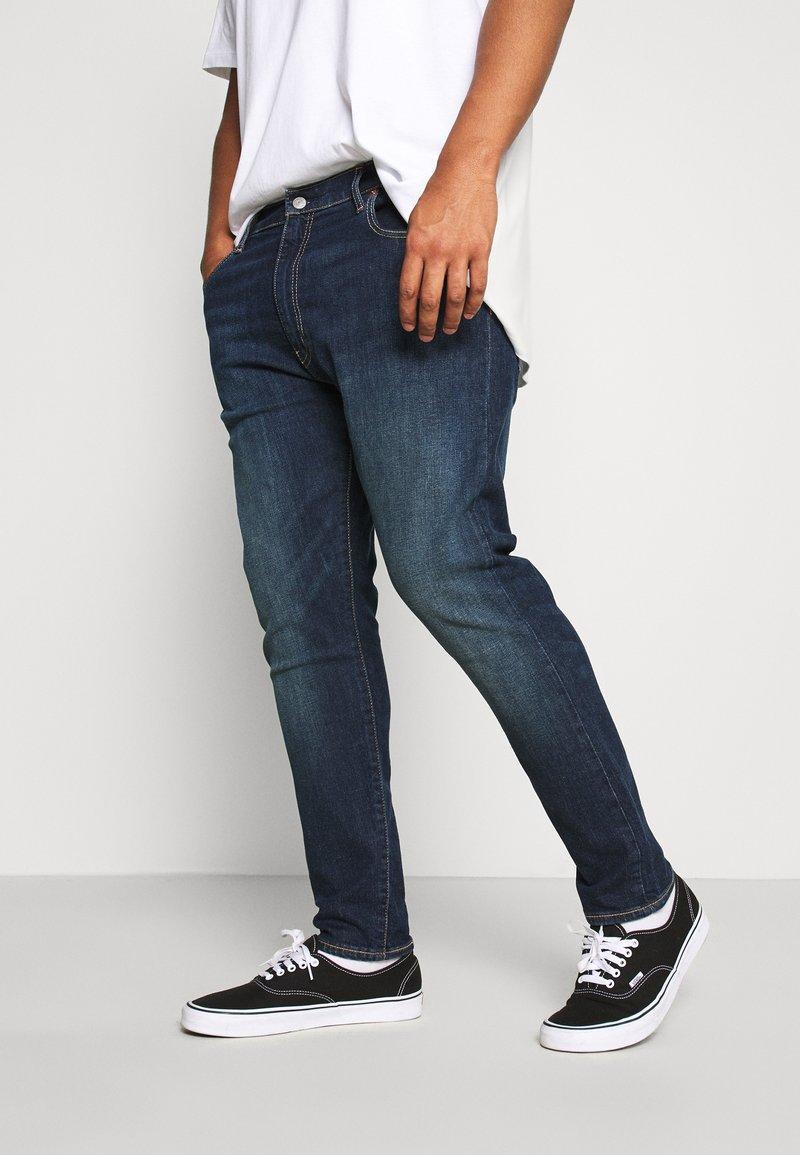 Levi's® Plus - 512 SLIM TAPER - Jeans Tapered Fit - brimstone adv