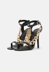Missguided - LARGE CHAIN - Sandały na obcasie - black - 2