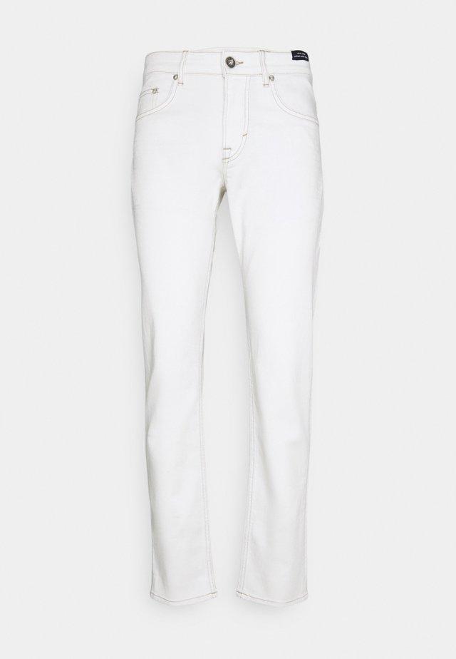 MITCH - Jeans slim fit - white