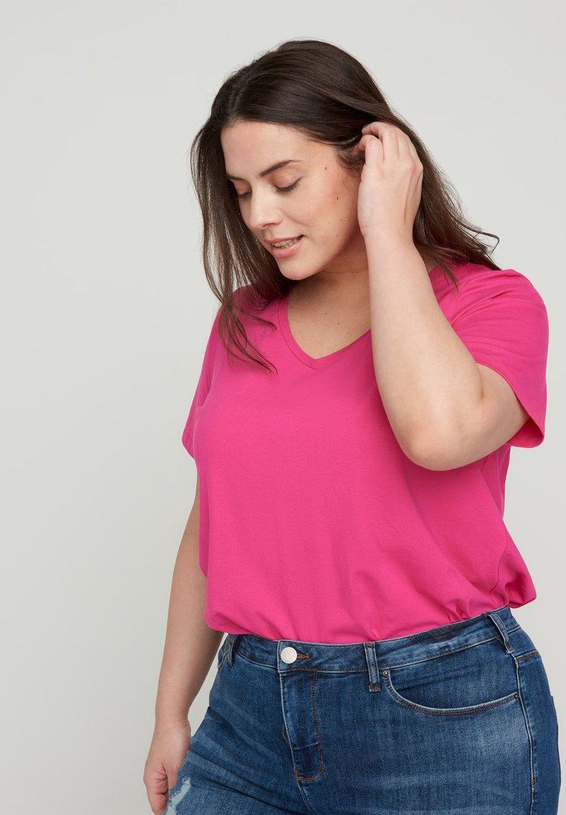 Zizzi - Basic T-shirt - pink