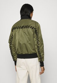 Diesel - W-SWING JACKET - Bomber Jacket - military green - 2