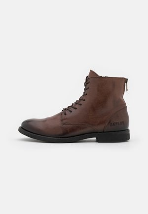 BOOSTER - Lace-up ankle boots - brown