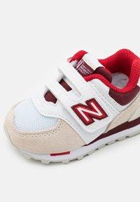 New Balance - IV574NLA UNISEX - Sneakers basse - light beige - 5