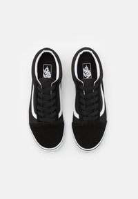 Vans - OLD SKOOL - Trainers - black - 3