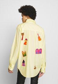 Stieglitz - RAUL BLOUSE - Button-down blouse - yellow - 2