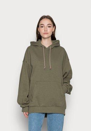 CORE OVERSIZED HOODIE - Sweatshirt - khaki green