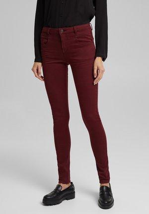 Slim fit jeans - bordeaux red