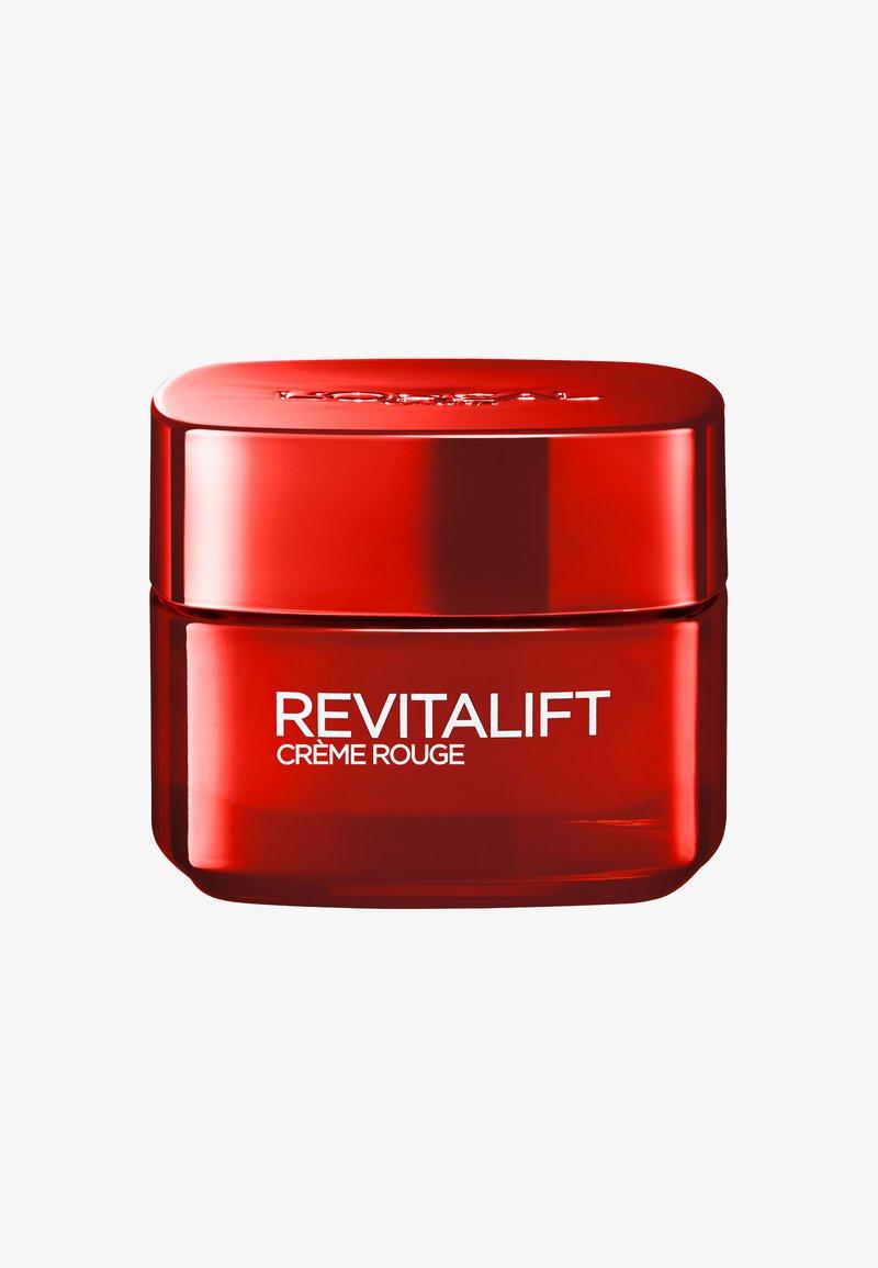 L'Oréal Paris - REVITALIFT ENERGISING RED DAY CREAM - Face cream - -