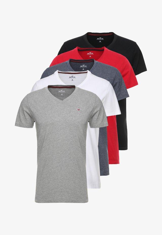 5 PACK  - T-shirt print - white/grey/red/navy texture/black