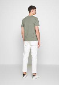 Filippa K - TEE - Basic T-shirt - platoone - 2