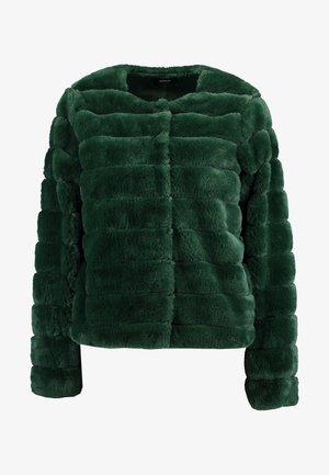 ONLVICTORIA JACKET - Winter jacket - pineneedle